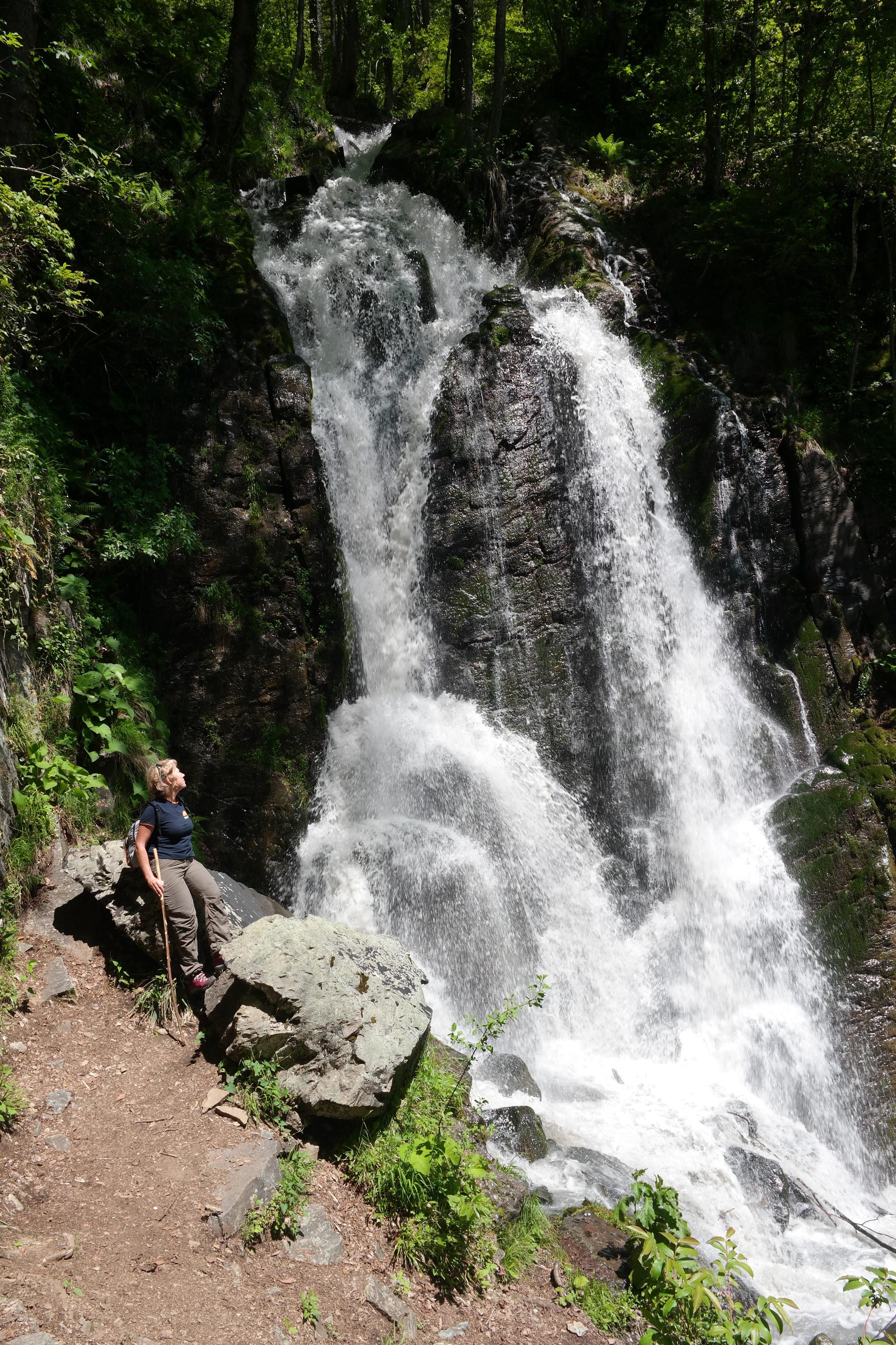 Водопад Кейву в Красной Поляне